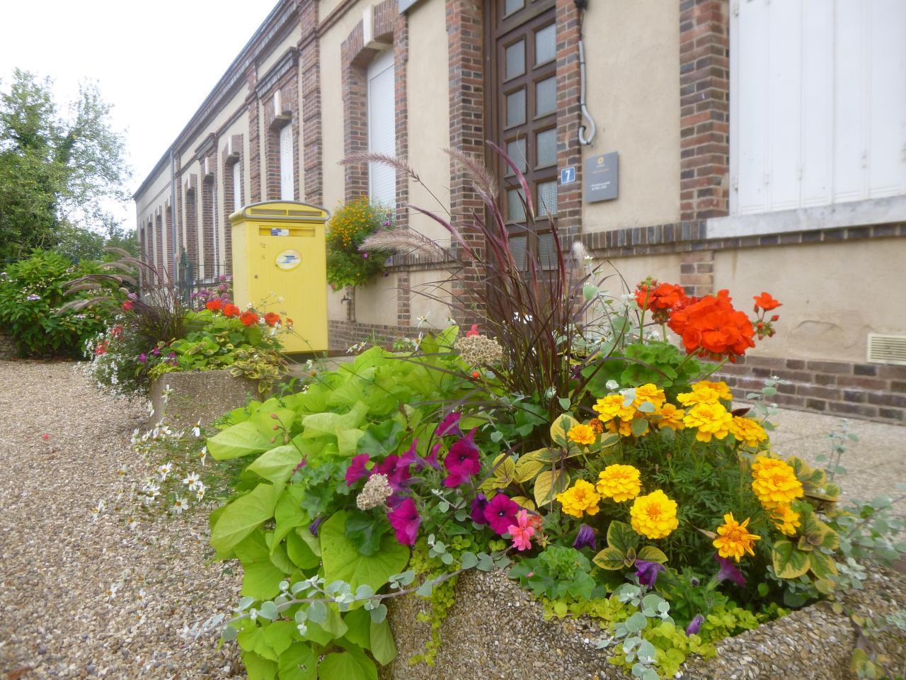 Jardinières mairie